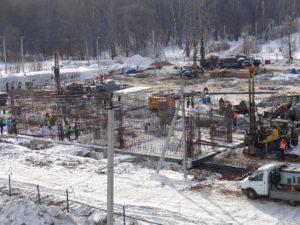 Выполняются работы по устройству ростверков и бурение скважин для устройства геотермального отопления